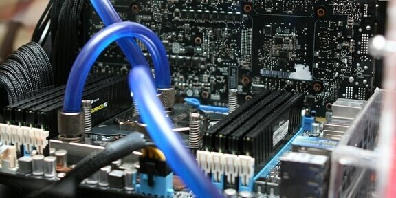 Computers versatile copycats